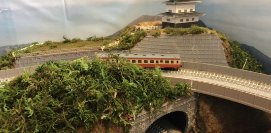 Nゲージ「城跡」トンネル+立体交差の情景