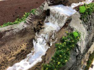 Nゲージ・ジオラマ「滝」作り方