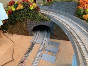 鉄道ジオラマのトンネル