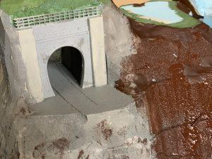 ジオラマのトンネル制作