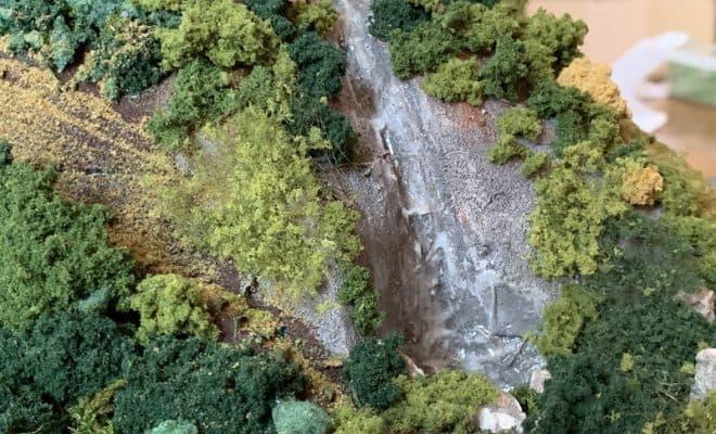 滝 Nゲージのジオラマ