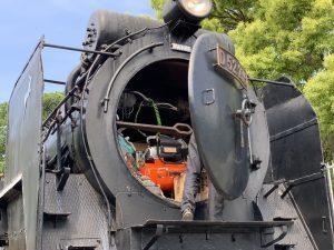 相模原「鹿沼公園」にある蒸気機関車D52形