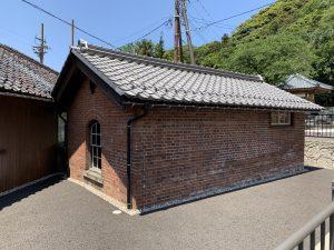 敦賀港駅跡・ランプ小屋