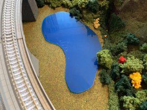 ジオラマの池の作り方