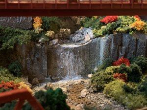 コンクリートの滝