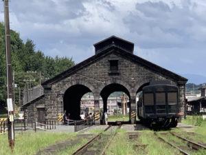 人吉・石造り機関庫