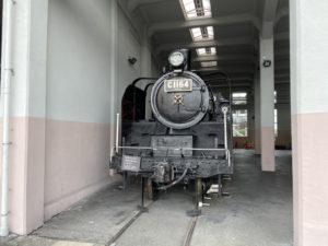 C11形蒸気機関車「C11 64」