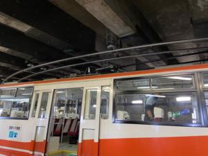 立山トンネル「トロリーバス」